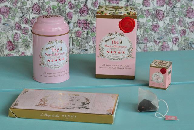 Thé Marie-Antoinette, Nina's