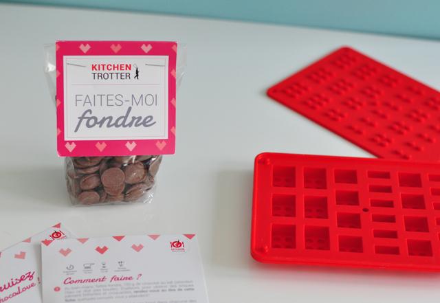 Un moule et du chocolat pour fabriquer des legos!