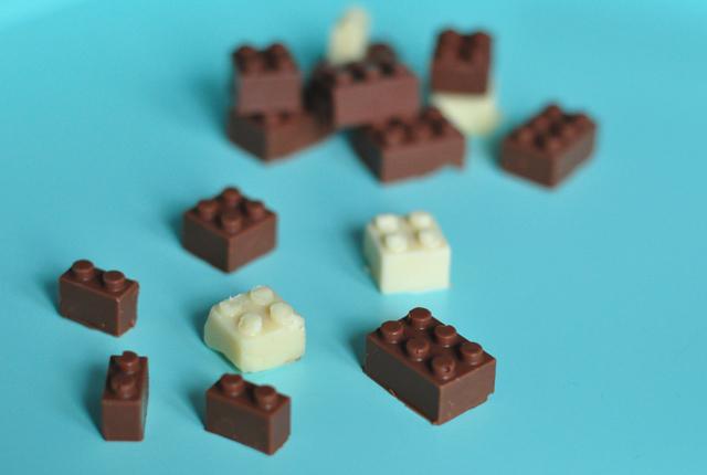 Legos-en-chocolat-à-faire-à-la-maison