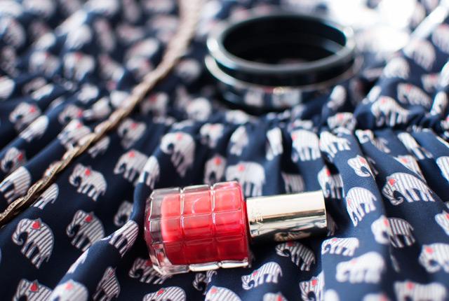Vernis à l'huile Rouge Sauvage de L'Oréal