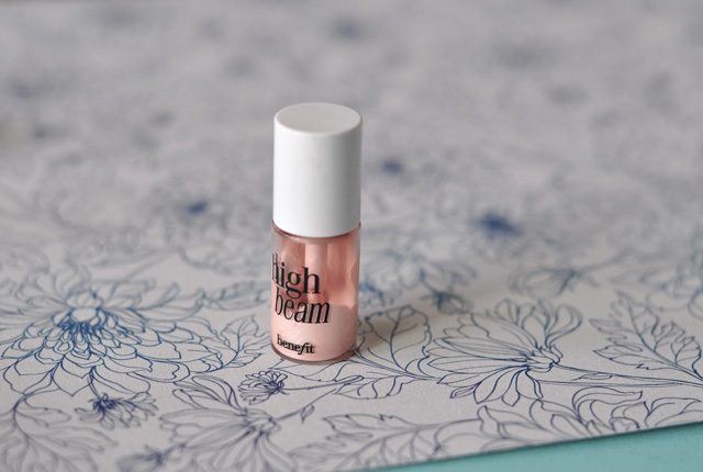 High Beam, l'highlighter liquide de Benefit