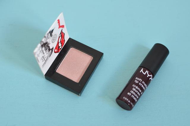Avis sur Wanderlust le calendrier Wanderlust de la marque de maquillage NYX -