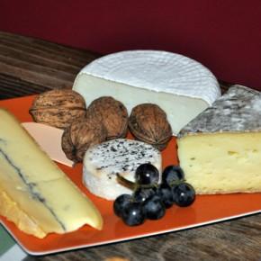 Le plateau de fromages, une institution française