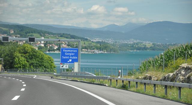 Sur la route... qui mène à Neuchâtel