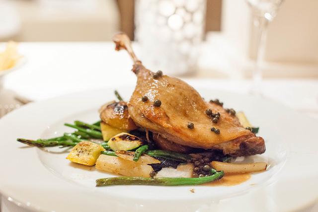 Confit de canard: gastronomie française