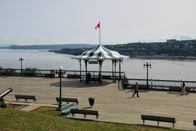 Terrasse-Champlain