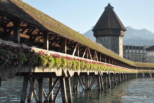 Le célèbre Pont de Lucerne en Suisse