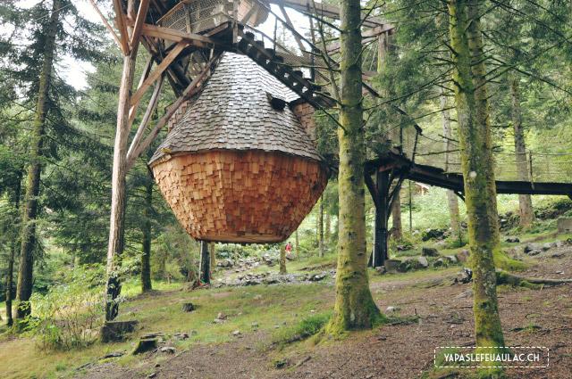 La Tribu perchée cabane insolite à la Bresse