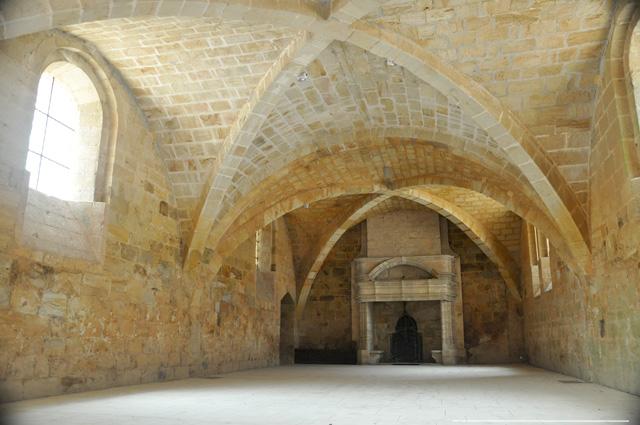 Salle voûtée - Abbaye de Fontfroide