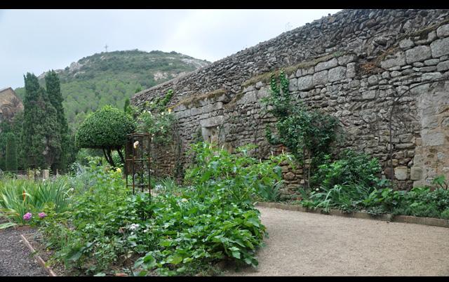 Le jardin de l'abbaye dans l'Aude