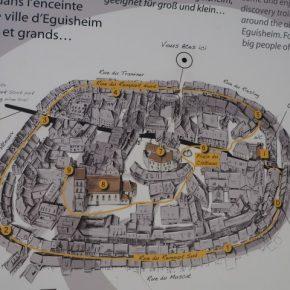 Les plus beaux villages à colombages en Alsace? Eguisheim, village circulaire, est mon favori!
