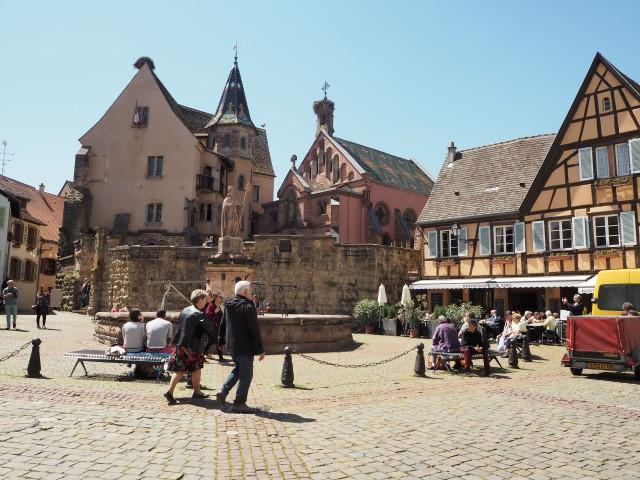 Eguisheim, un des plus beaux villages à colombages d'Alsace