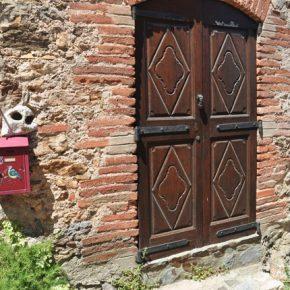 Castelnou: escapade dans le pays catalan français et ses beaux villages