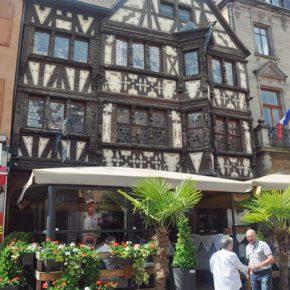 Les rues charmantes de Saverne en Alsace, escale lors d'une croisière fluviale. Sur le blog voyage en France