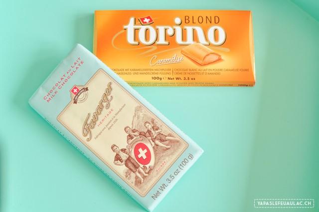 Chocolats suisses: Torino blond et une plaque de choc Favarger au lait