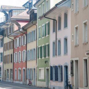 Les maisons colorées au centre d'Aarau- Crédit Yapaslefeuaulac