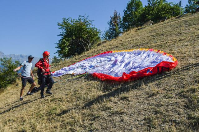 Activités en Suisse: Mon baptême de parapente en Valais