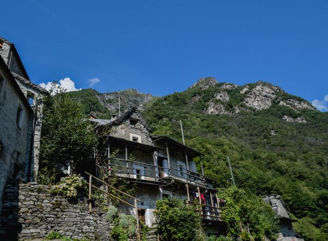 Corippo, Val Verzasca au Tessin (Suisse)