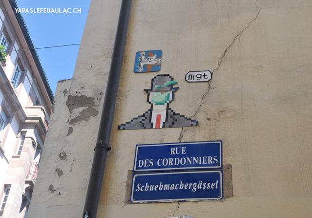 Strasbourg: noms de rue en alsacien et street art