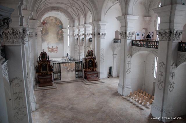 L'abbaye de Bellelay: crédit blog suisse Yapaslefeuaulac.ch