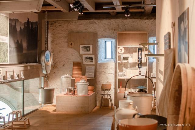 Visite & fromage en Suisse: La Maison de la Tête de Moine dans le Jura bernois