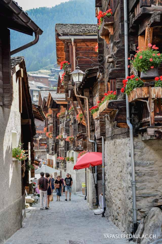 Grimentz, joli village des montagnes suisses