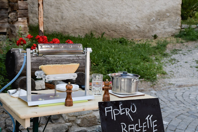 Apéro raclette stand