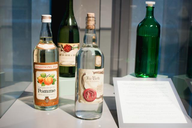 Fausses bouteilles pour cacher de l'absinthe durant la prohibtion
