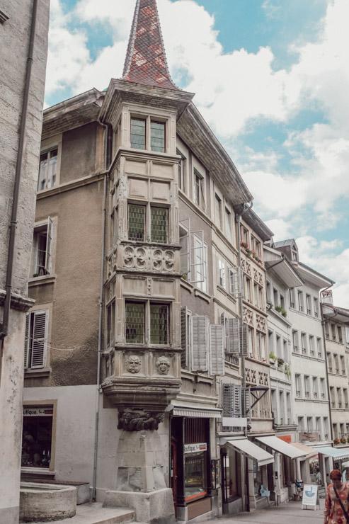 Les façades de Fribourg en Suisse