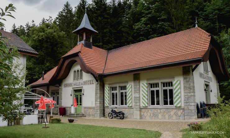 La Truite, Auberge à Champ du Moulin (Rando dans les gorges de l'Areuse, Neuchâtel)