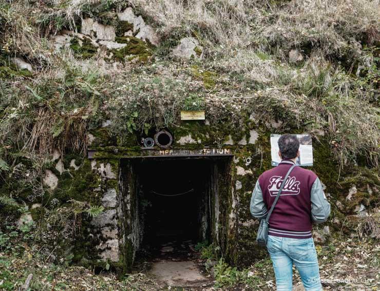 Une forteresse allemande dans le rocher du Hartmannswillerkopf en Alsace