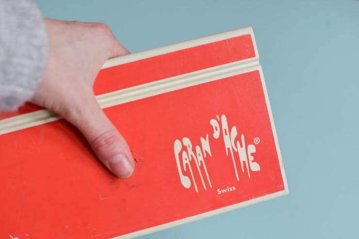 Ma boîte de gouache Caran d'Ache - souvenir des bancs de l'école