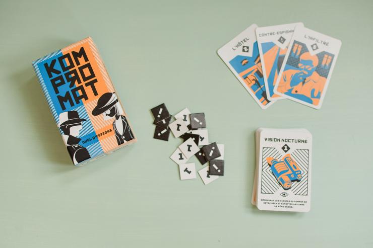 Un jeu de poche suisse addictif, Kompromat