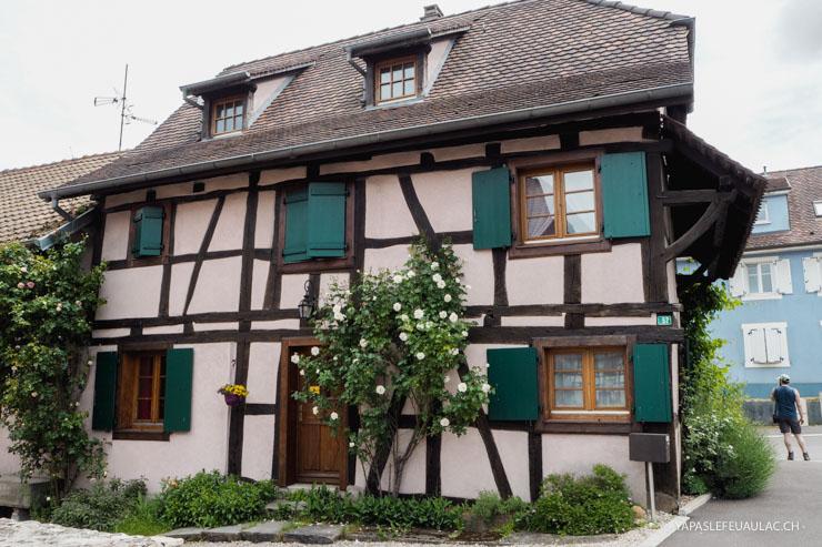 Les maisons pouvaient être données en dot, démontées et déménagées!